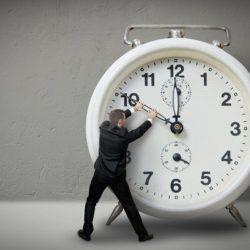 orologio indietro